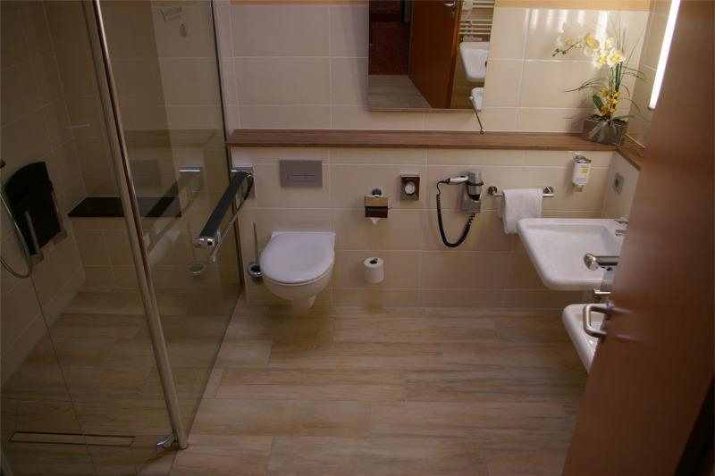 Hotelbadrenovierung stets dem Profi überlassen