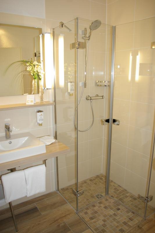 Flexible Badsanierung im Hotel